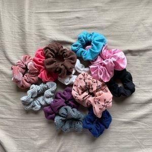 Scrunchie bundle!
